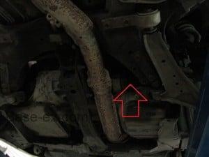 Nissan Primera P12 место доступа к стартеру