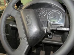 Land rover Defender руль