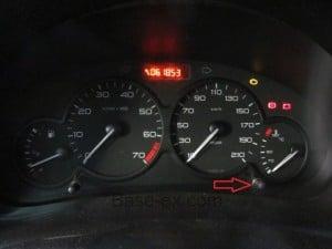 Peugeot 206 панель приборов