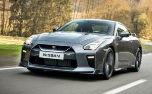 Nissan GT-R обзор