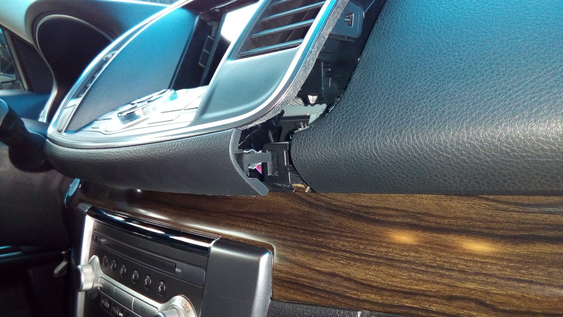 Панель Nissan Teana