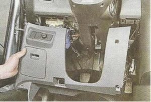 Nissan Primera P12 в салоне