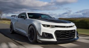 Новый Chevrolet Camaro - на трассе (ВИДЕО)