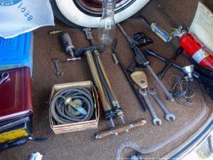 Автосоветы: Какие инструменты нужны в багажнике?